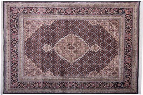 Tabriz 227x166 Handgeknüpft Teppich 170x230 Mehrfarbig Orientalisch Kurzflor Orient Rug